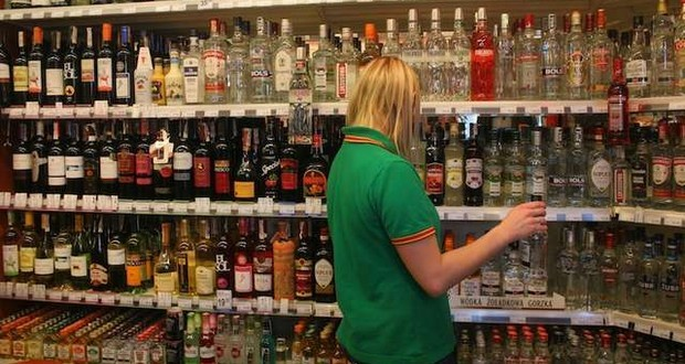 PiS Prepare Draft Bill For Restricting Alcohol Sales