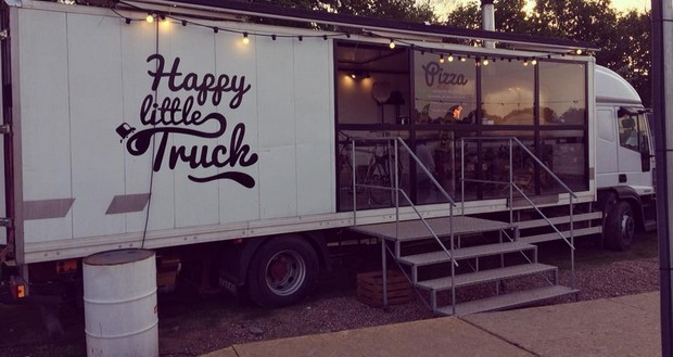 Photo of Popular Food Truck Abandons Beach-bar After Alleged Racketeering