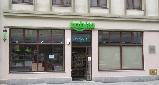 Solidarność want Żabka closed
